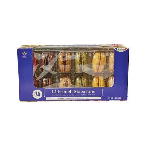 white-toque-french-macarons